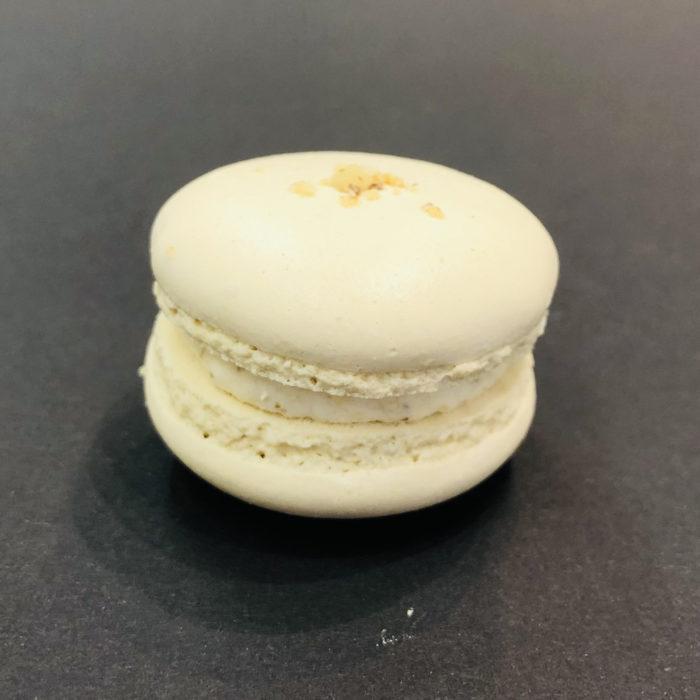 Walnuss-Aprikosen-Macaron